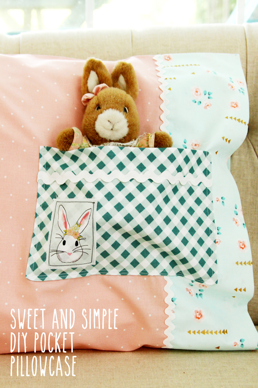 Sweet and Simple DIY Pocket Pillowcase